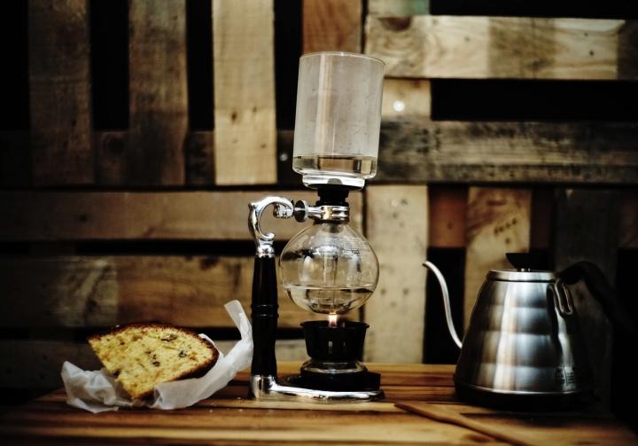 drip coffeist - keliling asia - turki - istanbul - coffee shop.jpg