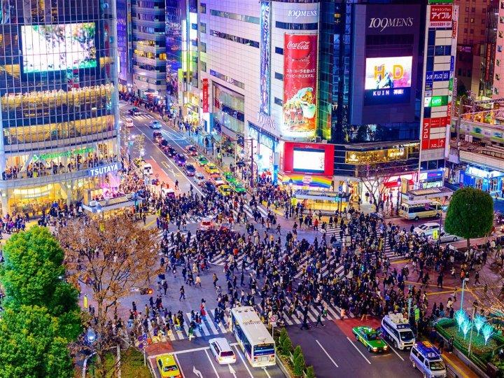 Tokyo_shibuya_crossing- keliling asia - Enam Cara Seru Habiskan Waktu di Jepang.jpg